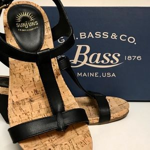 Bass: comfortable wedge sandals
